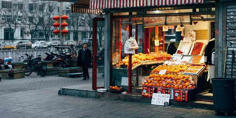 IELTS Essay General Training: Supermarkets and Small Shops